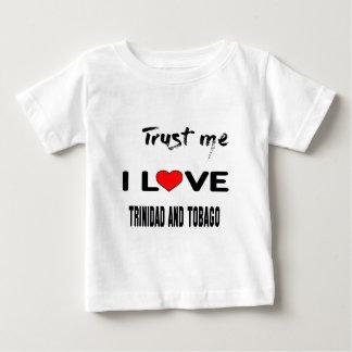 Confíeme en amor Trinidad and Tobago de I. Playera Para Bebé