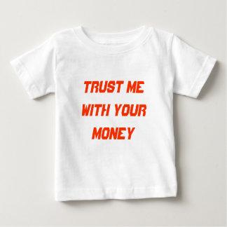 Confíeme en con su dinero playeras