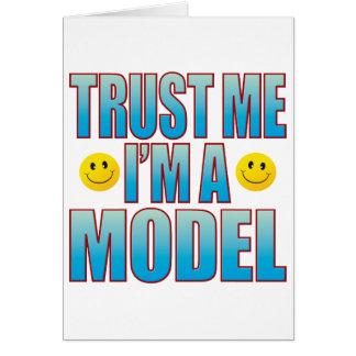 Confíeme en la vida modelo B Tarjeta De Felicitación
