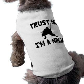 Confíeme en camisa de mascota