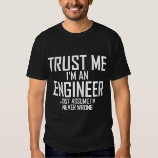 Confíeme en - soy ingeniero playeras