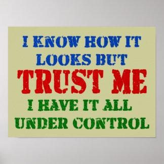Confíeme en - todo bajo control poster