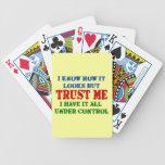 Confíeme en -- Todos bajo control Baraja Cartas De Poker