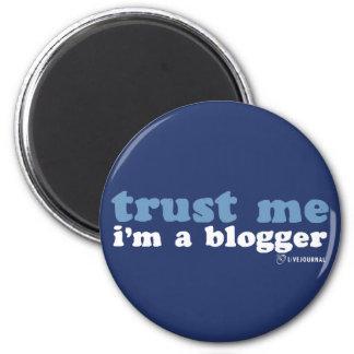 Confíeme en, yo son un Blogger (LiveJournal) Imán Redondo 5 Cm