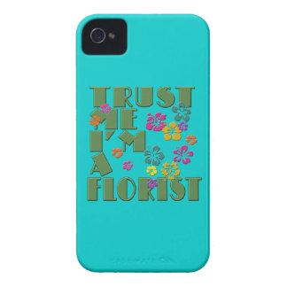 Confíeme en, yo son un florista con el hibisco iPhone 4 Case-Mate protectores