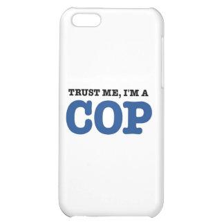 Confíeme en, yo son un poli