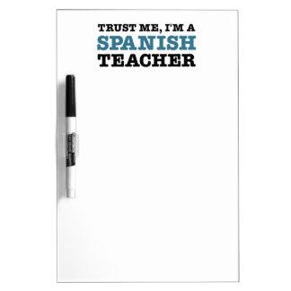 Confíeme en yo son un profesor español tableros blancos