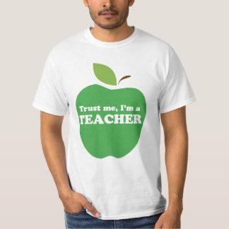 Confíeme en, yo son un verde Apple del profesor Camisas