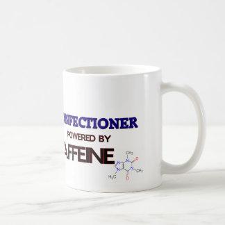 Confitero accionado por el cafeína taza básica blanca