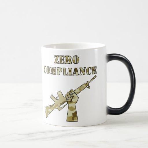 Conformidad cero AR15 Camo Taza De Café