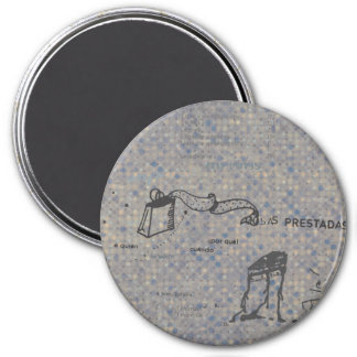 Confused girl 3 inch round magnet