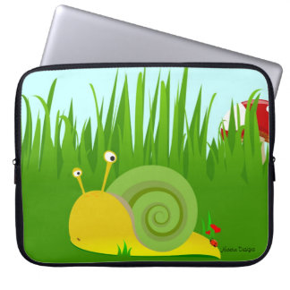 "Confused Snail 15'"" Laptop Sleeve"