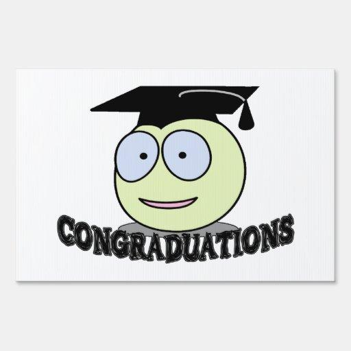Congraduations Smiley With Grad Cap Lawn Signs