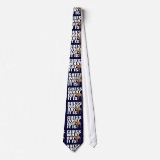 Conjetura qué día es corbata del camello del día