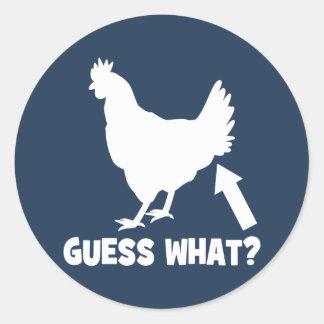 ¿Conjetura qué? Extremo del pollo Pegatina Redonda