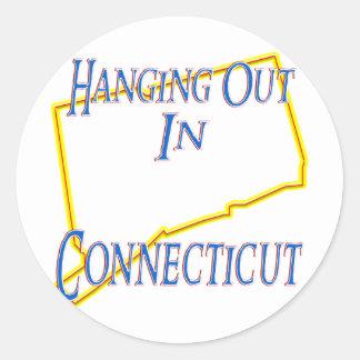 Connecticut - colgando hacia fuera pegatina redonda
