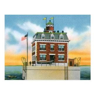 Connecticut New London Ledge Light Postcard