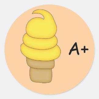 Cono #6 de la torsión del helado etiqueta redonda