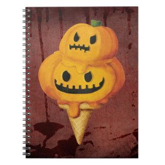Cono de helado de la calabaza de Halloween Libreta Espiral