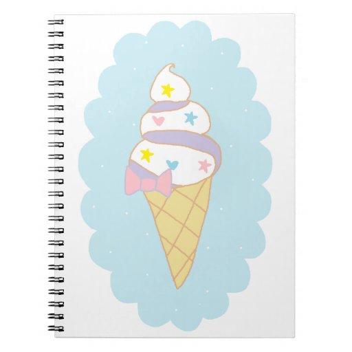 Cono de helado lindo del remolino spiral notebooks