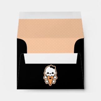 Cono de helado lindo espeluznante sobres