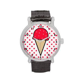 Cono de helado rojo del escarlata reloj de mano
