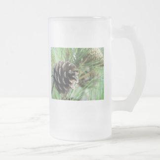 Cono de la conífera taza cristal mate