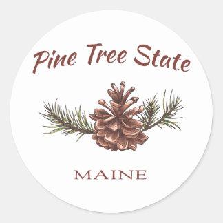 Cono del pino de Maine Pegatina Redonda