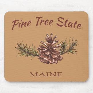 Cono del pino de Maine Tapetes De Ratones