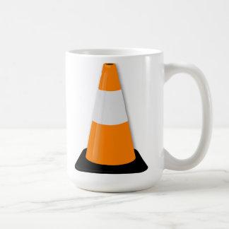 Cono del tráfico taza de café