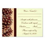 Cono marrón rústico del pino del melocotón que invitación 8,9 x 12,7 cm