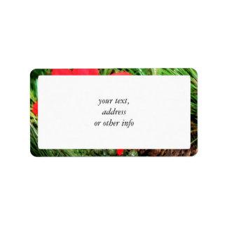 Cono y Poinsettia del pino del navidad Etiqueta De Dirección