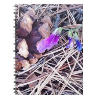 cono y wildflowers del pino libros de apuntes