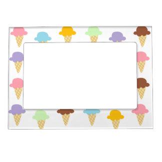 Conos de helado coloridos marcos magnéticos de fotos