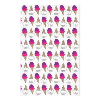 Conos de helado frescos y coloridos  papeleria de diseño