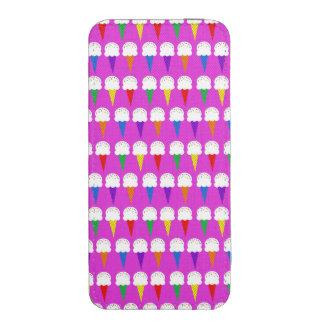 Conos del arco iris en rosa purpurino funda acolchada para iPhone