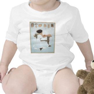 Conozca a todos los hombres al lado de estos traje de bebé