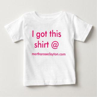Conseguí esta camisa @ martharoseclayton.com