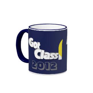 Conseguí la clase 2012 taza a azul y amarilla