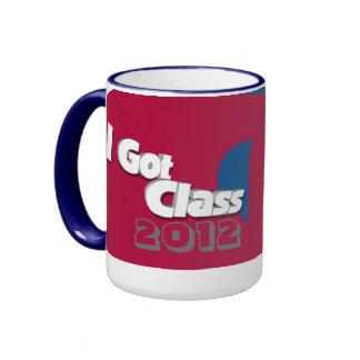 Conseguí la clase 2012 taza a roja y azul