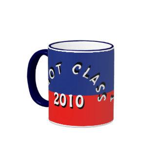 Conseguí la clase (azul y rojo) taza