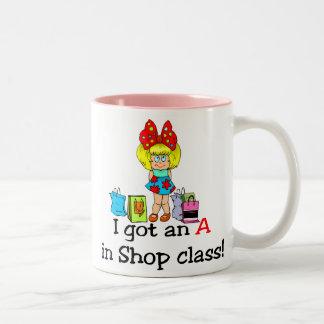 Conseguí una A en taza de la clase de la tienda