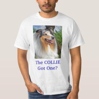 Conseguido un perro áspero del collie la camiseta