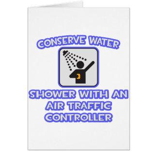 Conserve el agua. Ducha con el controlador aéreo Tarjeta De Felicitación