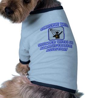 Conserve el agua Ducha con un Admin Asst Camiseta De Perrito