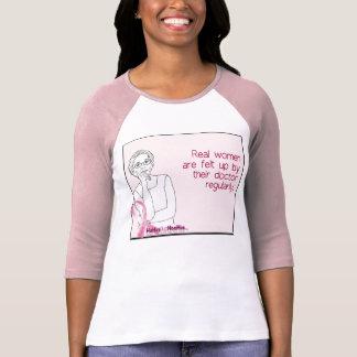 Consiga el fieltro para arriba, hoy camisa