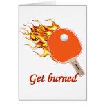 Consiga el ping-pong llameante quemado felicitación