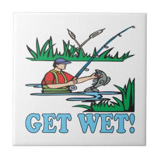 Consiga mojado azulejo