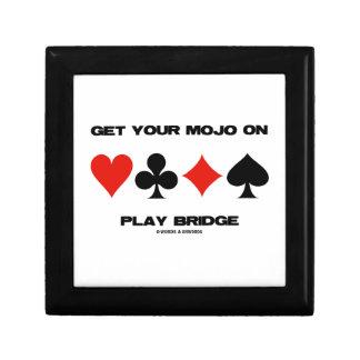 Consiga su Mojo en el puente del juego (cuatro Joyero Cuadrado Pequeño
