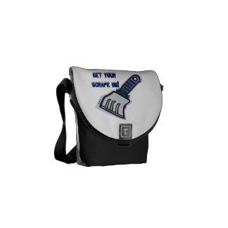 Consiga su rascado encendido bolsa de mensajeria